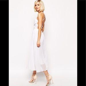 Lavish Alice strapy back flowy midi dress